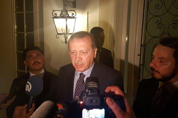 Нехватка топлива помешала мятежникам сбить самолет Эрдогана