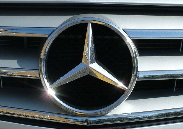 Mercedes планирует выпускать электрокары под новым брендом