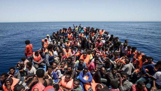 Министр МВД Италии: Отказ Турции от соглашения по мигрантам разорителен для Европы