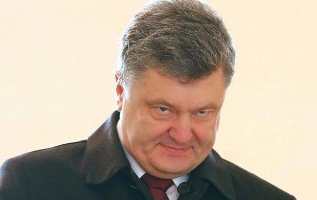 Порошенко привел в повышенную боеготовность силы на границе с Крымом