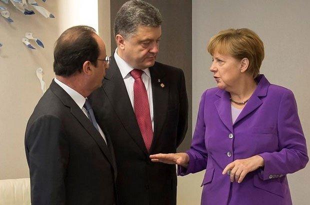 Порошенко пожаловался на Россию Меркель и Олланду