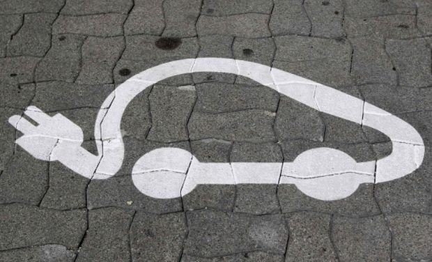 В России на 29,6% сократились продажи электромобилей