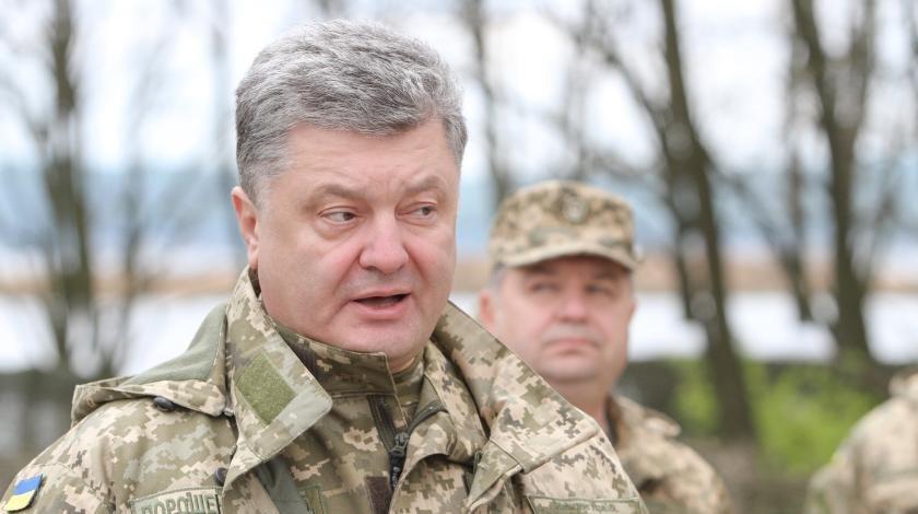 Порошенко отказался воевать в Донбассе