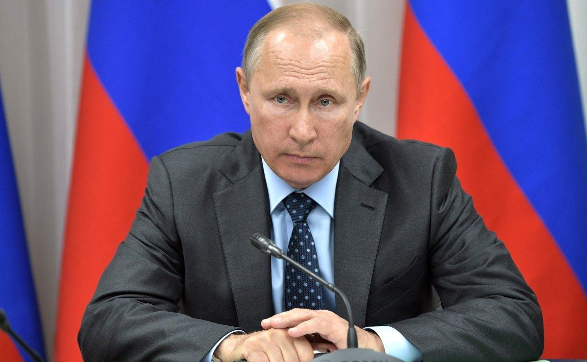 Рейтинг Путина рухнул на фоне принятия пенсионной реформы