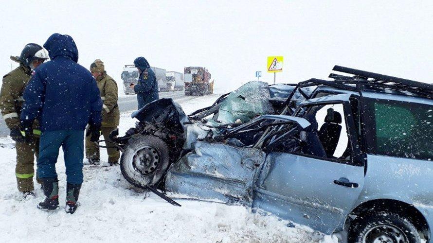 Мясорубка под Оренбургом: пять человек погибли в ДТП