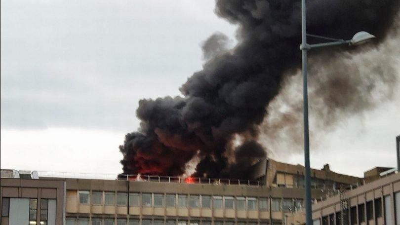 Серия взрывов прогремела в университете во Франции