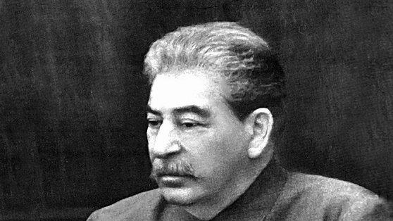Рябой и калеченый: каким был Иосиф Сталин не на фотографиях