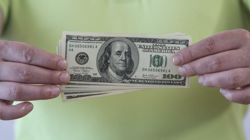 Покупайте валюту: доллар подскочит до 80 рублей