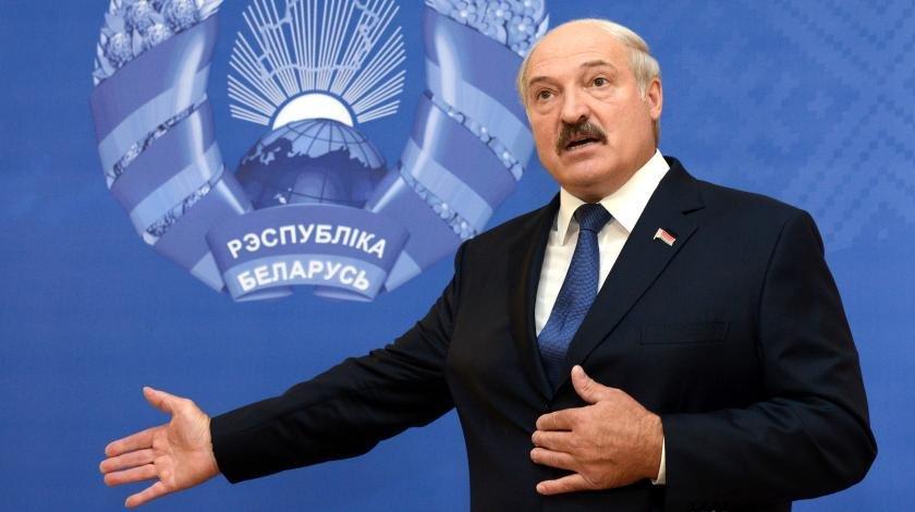 Досрочная отставка: Лукашенко берет пример с Ельцина
