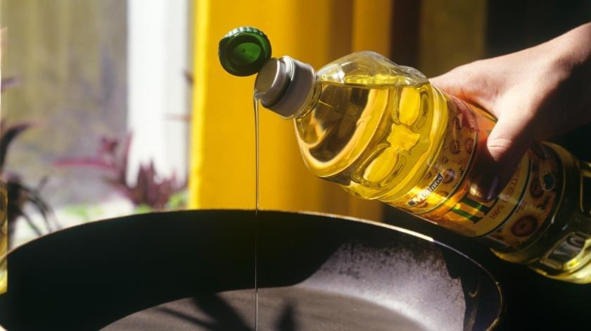 Вкусно и полезно: снизить давление поможет масло