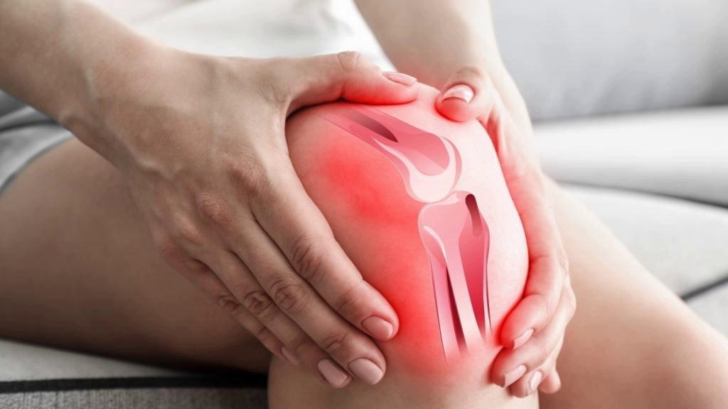 Продукты, естественным путем уменьшающие боль в коленях и суставах