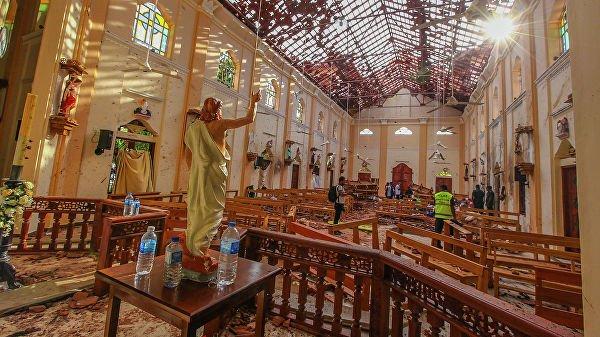 Число жертв взрывов на Шри-Ланке достигло 290 человек