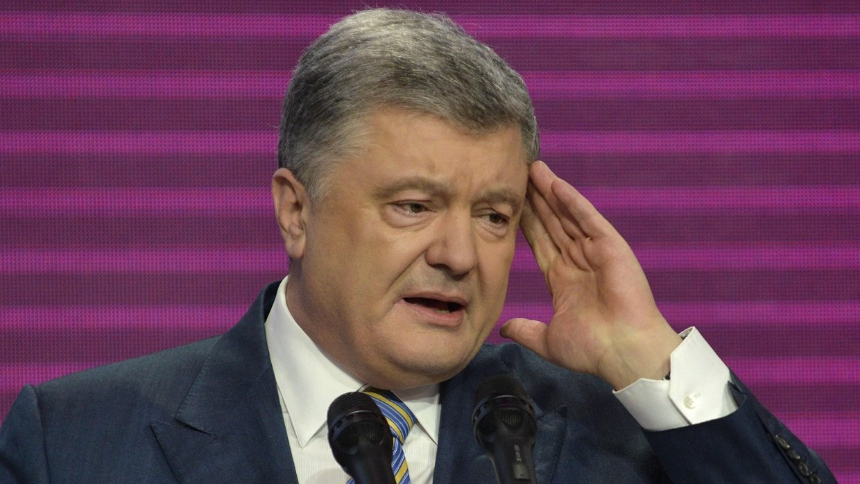 Порошенко подловили нараздаче паспортов россиянам
