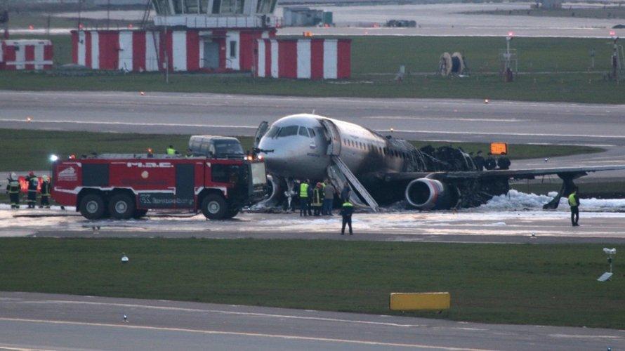 Ад в Шереметьеве: как на борту самолета задыхались и горели люди