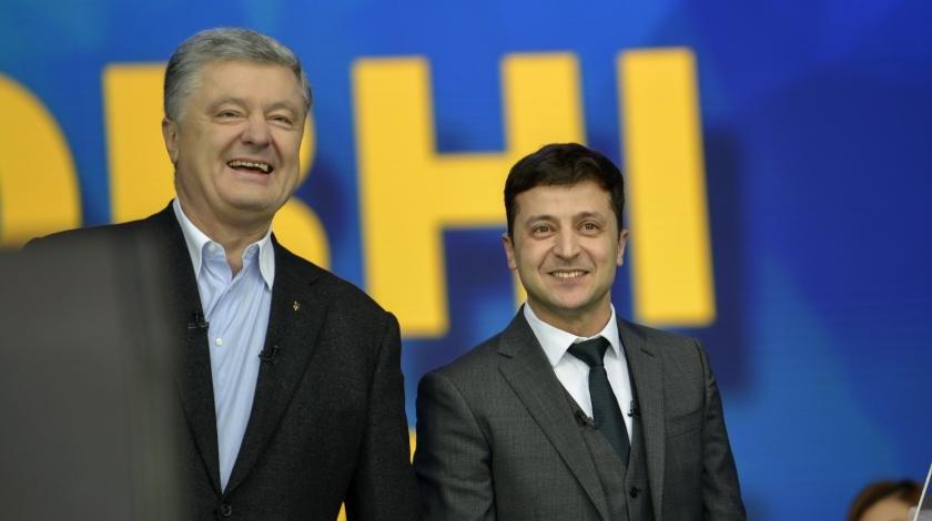 Конституционный переворот: Порошенко нашел управу на Зеленского