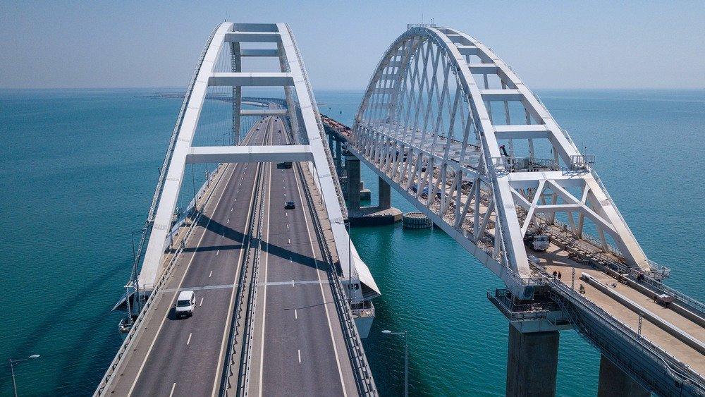 Крымскому мосту предрекли гибель к2040 году