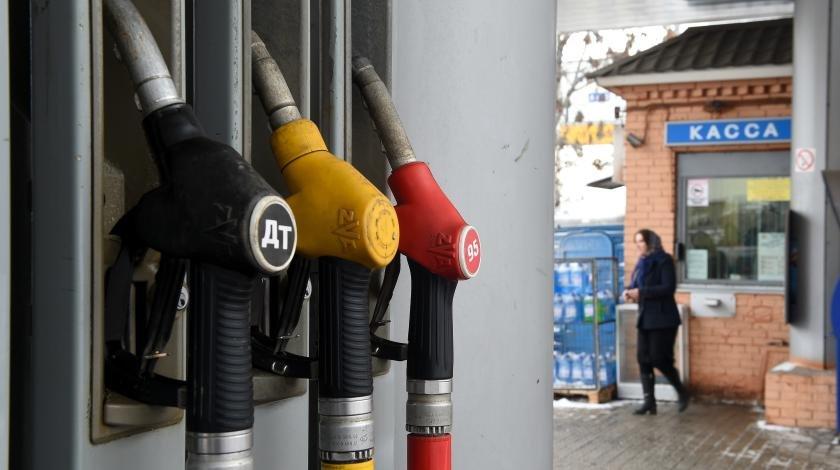 До 60 рублей за литр: цены на бензин резко взлетят