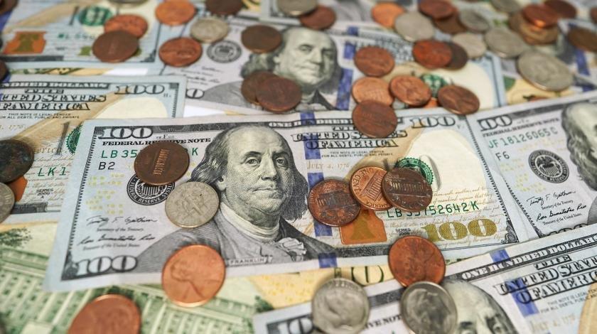 У россиян остался последний шанс избавиться от долларов