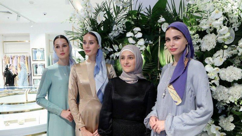 Тимати, Ольга Бузова и другие звезды на открытии бутика дочери Рамзана Кадырова в Москве