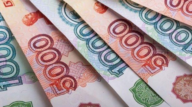 Жертва торговой войны: у рубля нет шансов