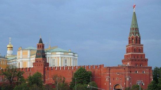 Песков прокомментировал сообщения о возможном повышении ставки НДС