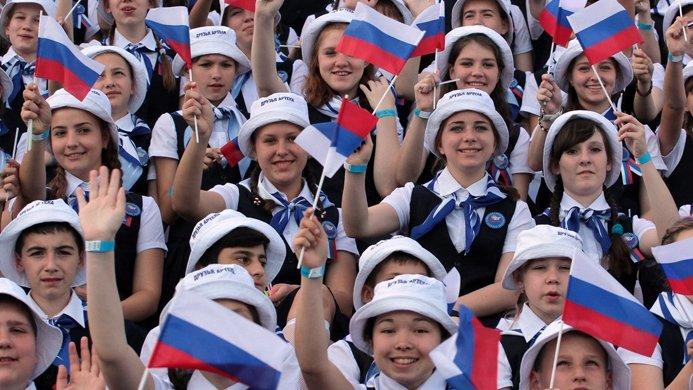 Не курят и едят овощи: что стало с россиянами