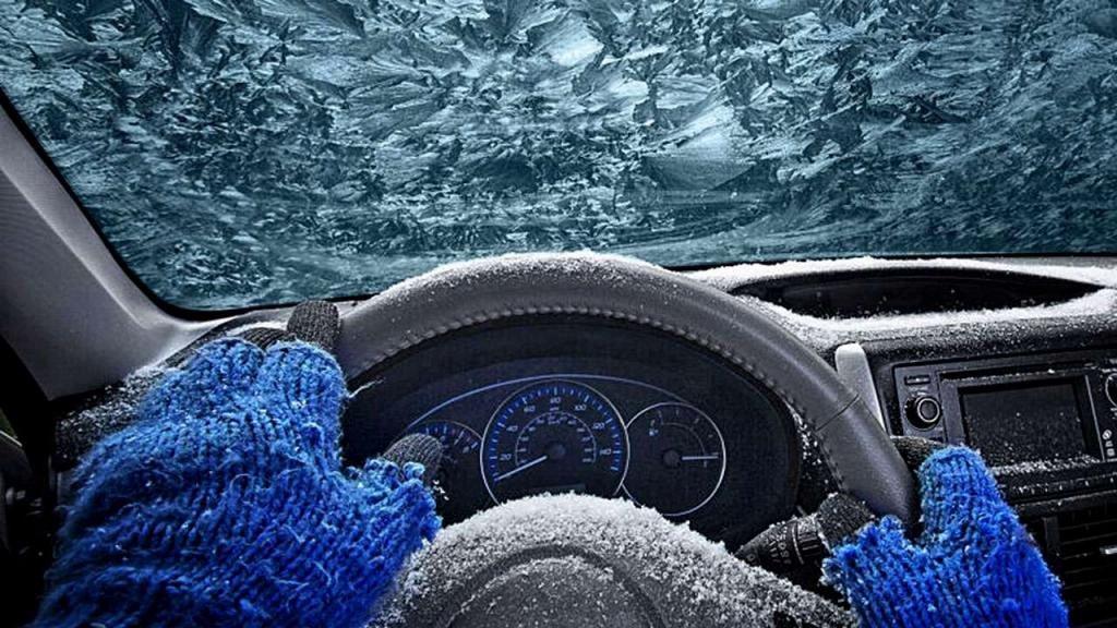 Хитрости бывалых водителей: советы как завести автомобиль в мороз