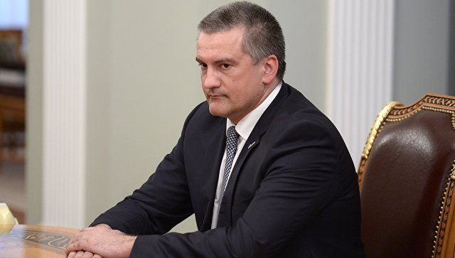 Аксенов предупредил Киев опоследствиях «похода» меджлиса наКрым
