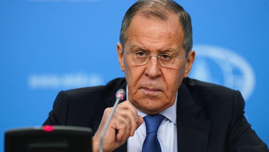 «Значительная часть территории России окажется подударом»