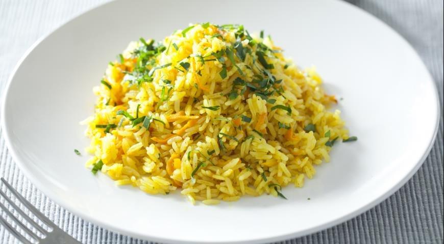 Изумительный, ароматный рис с морковью на гарнир