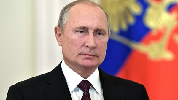 Песков рассказал о планах Путина на 9 мая